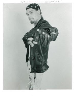 hawke leather apprentice shot 28mm white bg 1991